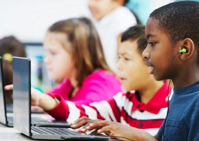 technology-kids-screen-time-steinberg-ftr
